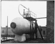 3072 FDSTORK-4056 Accumulatoren (Systeem Ruths). Accumulator bij de vloerzeil fabriek Vocaleum Vogel van Calcar, ...