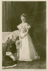 16 -5 Portret van prinses Wilhelmina in vol ornaat., 1900