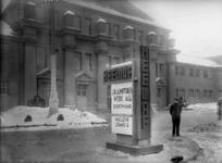 11454 FDHEEMAF031379 HEEMAF reclamezuil bij het Haus der Elektrotechnik in Leipzig, 1929-03-06