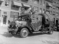 12848 FDHEEMAF002956 Versierde HEEMAF reclame auto met model SKA motor, 1930-10-01