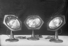 13679 FDHEEMAF003021 Drie straalkachels Glittering Glow , 1924-04-11