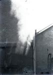 15015 FDHEEMAF021005 Zichtbaarheidsproef verkeerslicht (seinlantaarn) met stoomwolk, 1931-09-24