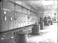 21455 FDHEEMAF061356 Overzicht van de machinekamer van het pompstation La Cabine van het Gemeentelijk ...
