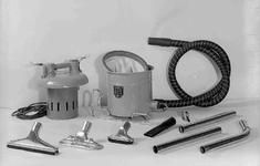 7257 FDHEEMAF053516 HEEMAF stofzuiger in onderdelen, 1937-08-04