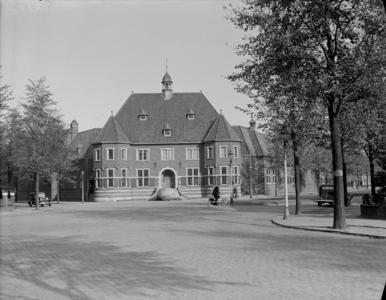32 FDSPAARNE032 Opname van het Rijksmuseum Enschede (Rijksmuseum Twenthe)., 1935-10-18