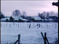 4249 BB03811 Film uit de Collectie Aaftink Holten.Reportage over het agrarisch leven rondom Holten, met beelden van het ...