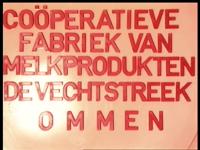 8388 BB06693 Een film met beelden van een rondleiding in de Coöperatieven Zuivelfabriek 'De Vechtstreek' te Ommen., ...