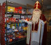 648 DBUITERWIJK-000864 Sint en Piet en bezoek in de Esdoorn, 2012-12-05