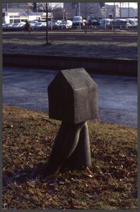 1373 DIA000090 Afbeelding van een kunstwerk (1997) van Iris le Rütte aan de Veerallee in Zwolle, voorstellende benen ...