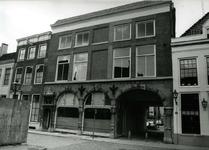 4120 FD001272 Pand aan de Bloemendalstraat hoek Bethlehems Kerkplein in het cenrum van Zwolle. Het pand staat leeg. ...