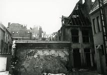 4684 FD001283 Uitgebrande panden aan de Bloemendalstraat, gezien vanuit de Praubstraat, na de brand van 7 januari 1979. ...