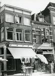 9482 FD003047 Kledingzaak El-Mior en Foto van Hezel op de Diezerstraat., 1972-00-00