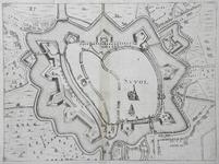 781-KD000318 Suuol Plattegrond van de binnenstad van Zwolle, met landerijen en huizen rondom. en meer detaillering, met ...