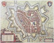 920-KD000350 Swolla Plattegrond van Zwolle, ingekleurde facsimile en komt in grote lijnen overeen met kaart KD000348 in ...