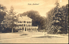 1110 PBKR4319 Hollewandsweg 17: Achterzijde van Huize Zandhove , gelegen aan de Hollewandsweg te Hoog-Zuthem, ca. 1920. ...