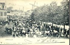 1936 PBKR3893 Veemarkt op de Beestenmarkt (vanaf 1931 Harm Smeengekade) naar het noorden, ca. 1900. Tramrails van de ...