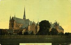 2492 PBKR6264 Dezelfde kaart als PBKR0152, maar dan ingekleurd. De bouw van de kerk en het klooster, ontworpen door de ...