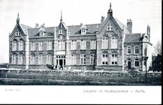 4674 PBKR0887 Industrie- en Huishoudschool aan de Emmastraat, 1910.De school werd in 1906 opgeleverd. Het ...
