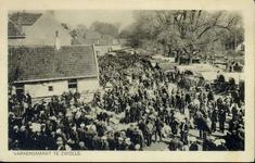 4962 PBKR2647 Zoals de Beestenmarkt als het ware geschapen was voor de handel in runderen was het brede gedeelte van de ...