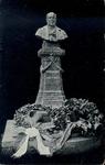 5164 PBKR2706 Borstbeeld van E.J. Potgieter (1808-1875 met) daaronder Onsterflijk maakt de oorspronkelijkheid , ...
