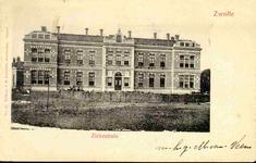 5709 PBKR2822 Rhijnvis Feithlaan, voorgevel van het oudste gedeelte van het voormalig Sophia Ziekenhuis, ca. 1900. Het ...