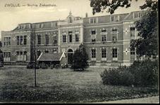5857 PBKR2828 Rhijnvis Feithlaan, voorgevel van het oudste gedeelte van het voormalig Sophia Ziekenhuis, ca. 1930. Het ...