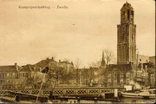 6450 PBKR1810 Gezicht vanaf de Beestenmarkt (tegenwoordig Harm Smeengekade) op de Kamerpoortenbrug (stalen draaibrug, ...