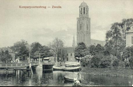6454 PBKR1814 Gezicht vanaf de Beestenmarkt (tegenwoordig Harm Smeengekade) op de Kamerpoortenbrug (stalen draaibrug, ...