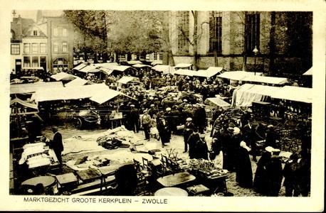 6632 PBKR1272 Grote Kerkplein, markt op vrijdag, ca. 1928., 1928-00-00