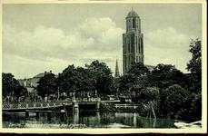 6654 PBKR1834 Gezicht vanaf de Harm Smeengekade (voorheen Beestenmarkt) op de Kamperpoortenbrug (stalen draaibrug, ...