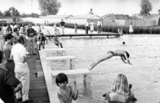 91478 Gezicht in het openlucht zwembadencomplex Fletiomare (Esdoornlaan 5) te De Meern (gemeente Vleuten-De Meern), met ...