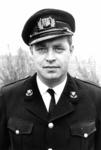 90654 Portret van J. Oostrom, commandant van het korps van de vrijwillige brandweer te Vleuten (gemeente Vleuten-De ...