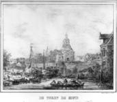36638 Gezicht over de stadsbuitengracht te Utrecht op de stadswal met de Wittevrouwenpoort en -brug en rechts op de ...