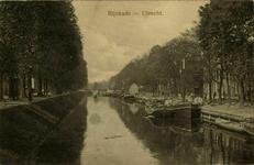 122780 Gezicht op de Stadsbuitengracht te Utrecht, vanaf de Willemsbrug, links de Catharijnesingel, rechts de Rijnkade ...