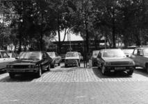 154543 Gezicht op de P+R-parkeerplaats bij het N.S.-station Den Haag Mariahoeve te Den Haag.