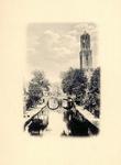 135057 Gezicht op de Oudegracht Tolsteegzijde te Utrecht met in het midden de Gaardbrug en op de achtergrond de Domtoren.