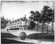 35200 Gezicht uit het zuiden op het fabrieksgebouw van Gildestein, later onderdeel van de Rijks Veeartsenijschool, aan ...