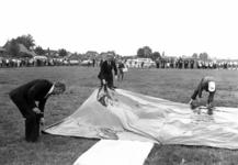 90805 Afbeelding van de Oranjefeesten en de viering van het 60-jarig bestaan van de Oranjevereniging De Meern, tijdens ...