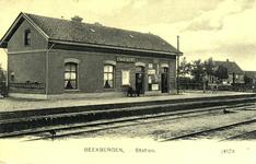 165160 Gezicht op het H.S.M.-station Beekbergen te Beekbergen.
