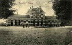 165185 Gezicht op het H.S.M.-station Gorinchem te Gorinchem.