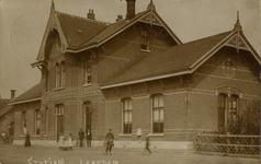165226 Gezicht op het H.S.M.-station Leerdam te Leerdam.