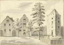 201824 Gezicht op de voorgevels van de bouwhuizen op de voormalige voorburcht en de omgrachte woontoren van het kasteel ...