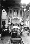 166288 Afbeelding van het rijtuig C 7003 (serie C 7001-7026) van de N.S. in de lichterij van de Centrale Werkplaats van ...