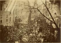 97096 Afbeelding van de optocht ter gelegenheid van de viering van de 70e verjaardag van koning Willem III op de Kromme ...