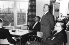 166884 Afbeelding van president-directeur ir. F.Q. den Hollander van de N.S. tijdens de opening van het pension voor ...