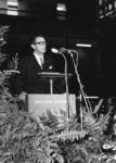 165545 Afbeelding van mr. M.G. de Bruin (president-directeur van de N.S.) tijdens zijn toespraak bij de officiële ...