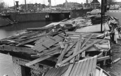 600478 Afbeelding van de restanten van het gesloopte kantoor van de Vereniging voor Vreemdelingenverkeer (V.V.V., ...