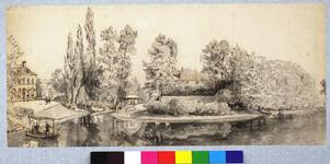 31011 Gezicht over de stadsbuitengracht te Utrecht op het Lucasbolwerk met een gedeelte van het Suikerhuis, links het ...