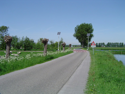 HGOM00000461 Seevangsweg richting Oosthuizen op de kruising afslag Gaswinnings- en gasbehandelingslocatie Middelie-100
