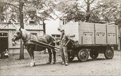 NNC-BM-0027 Dhr. Hellingman met zijn paard en wagen